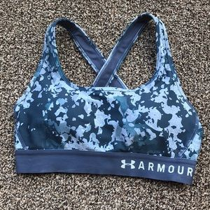 Under Armour blue sports bra